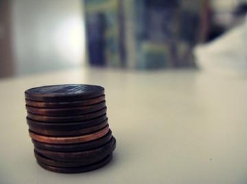 5 дурных привычек, которые появляются, если вы росли в бедности